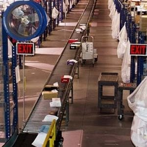 Online retailers are transforming warehouse construction