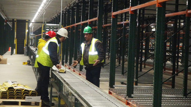 Automated conveyor and sortation installation
