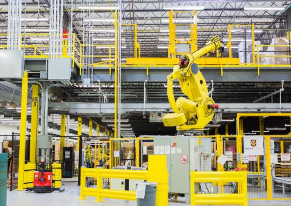 Robots in distribution centers