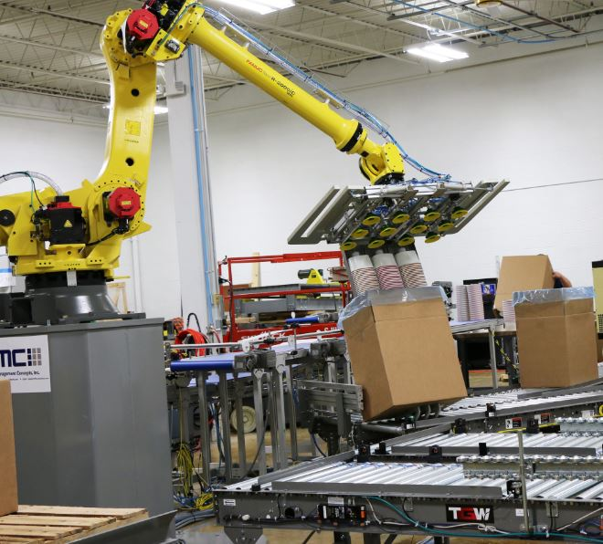 fanuc-robot-and-conveyor