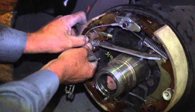 Resident-technician-maintenance
