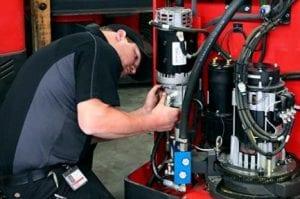 Forklift-service-technician