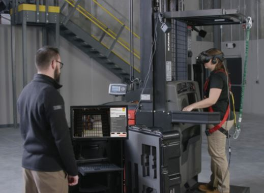 Virtual_reality_forklift_training_tool