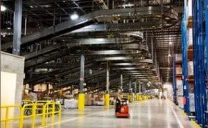Warehouse-run-by-WMS